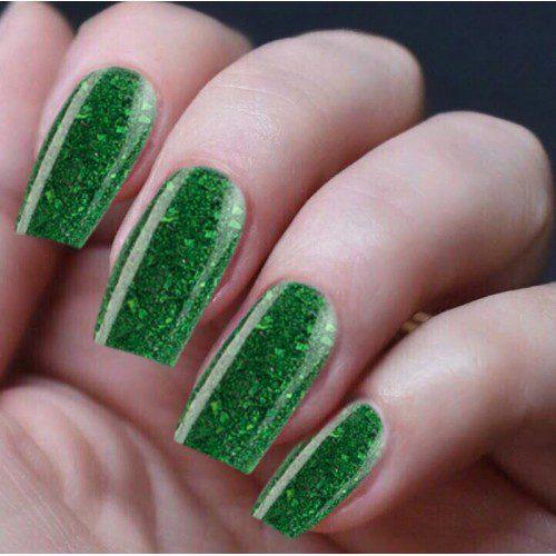 Hand Nails Smahed Rubies