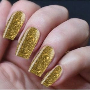 Hand Nails Smashed Gold